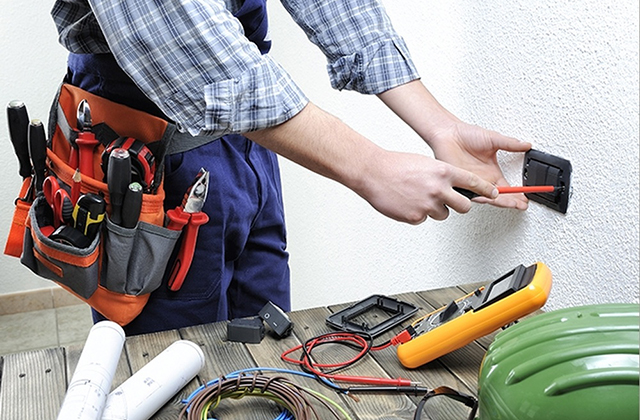 5 Steps to Become a Licensed Master Electrician in the USA