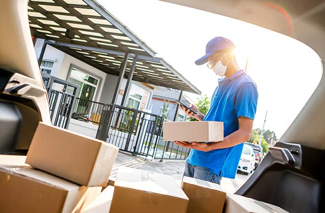 Benefits of Using Courier Company Services For Excess Baggage